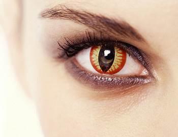 карнавальные контактные линзы вредны