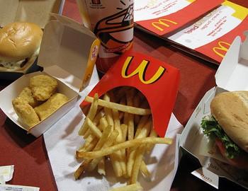 пища макдональдс вредна для кишечника