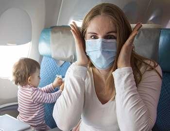 коронавирус мама с ребенком в самолете